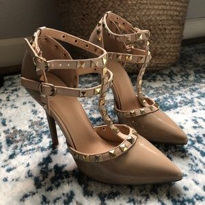 Shoes - NWT nude patent pumps, never been worn!